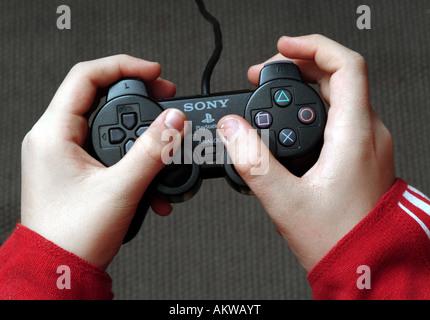 Jouer à des jeux Photo Stock
