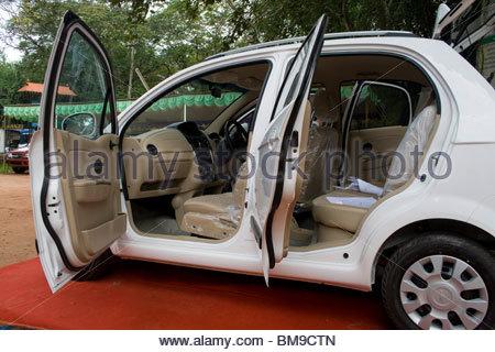 Une voiture sur l'écran, le Kerala Photo Stock