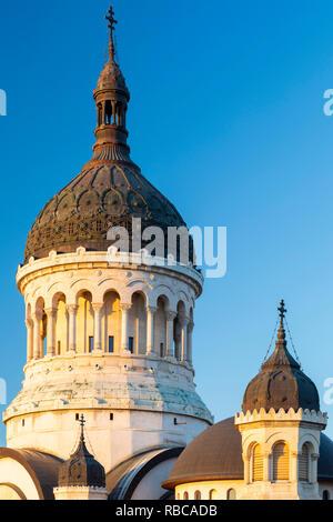 La Roumanie, de la Transylvanie, Cluj-Napoca. L'Eglise Orthodoxe Dormition de la Theotokos cathédrale. Photo Stock