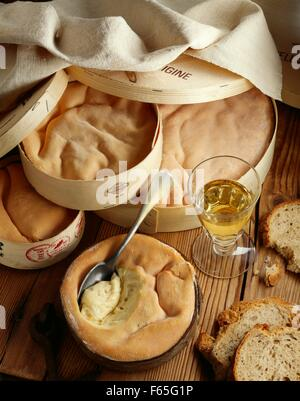 Fromages Vacherin Photo Stock