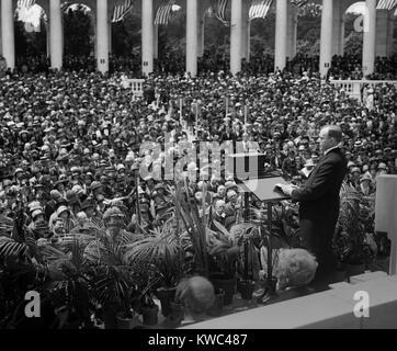 Le président Calvin Coolidge fournir adresse Memorial à Arlington amphithéâtre. Le 30 mai 1924. Photo Stock