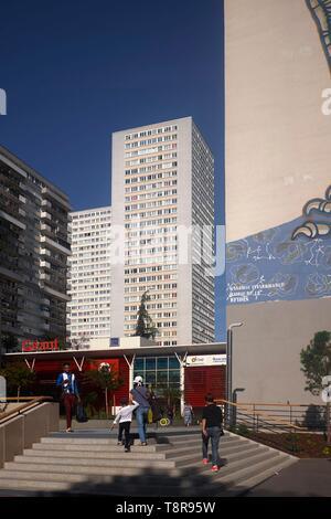 France, Paris, quartier chinois du xiiième arrondissement, la dalle Olympiade Photo Stock