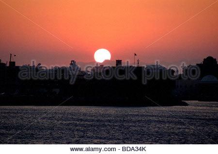 Un coucher de soleil à Rhodes, Grèce Photo Stock