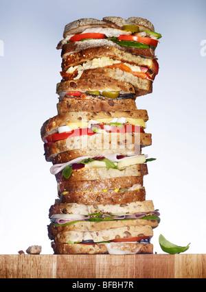 Une pile de sandwiches. Photo Stock