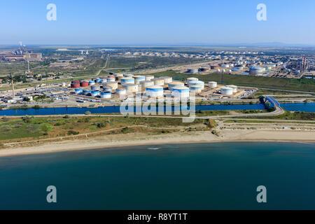 France, Bouches du Rhône, du golfe de Fos sur Mer, Fos sur Mer, Canal de navigation, Cavaou plage (vue aérienne) Photo Stock