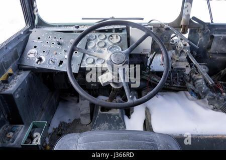 À l'intérieur d'un véhicule militaire ancien Photo Stock