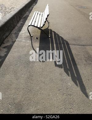 Les ombres de l'été sur une street Photo Stock
