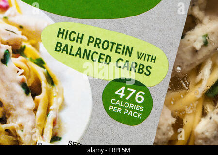 Avec haute teneur en protéines glucides équilibré 476 calories par paquet Photo Stock
