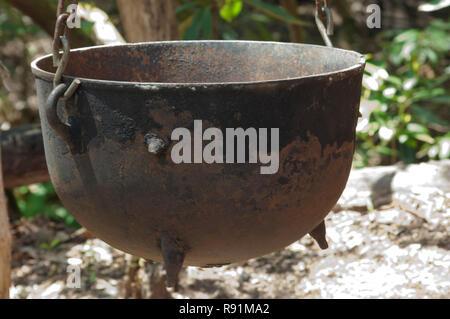Fer à repasser piscine cookpot, Qualla Réservation Cherokee, Caroline du Nord. Photographie numérique Photo Stock