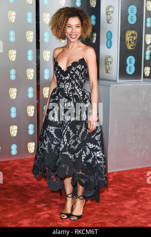 Londres, Royaume-Uni. 10 fév, 2019. Londres, Royaume-Uni. 10 février 2019 : Sophie Okenado arrivant pour le BAFTA Film Awards 2019 au Royal Albert Hall, Londres. Photo : Steve Sav/Featureflash Crédit : Paul Smith/Alamy Live News Photo Stock