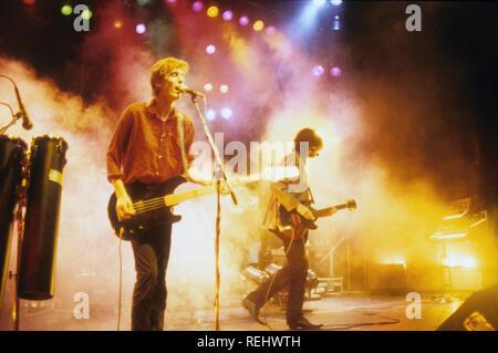 ICICLE WORKS UK groupe de rock de 1980 avec Ian McNabb à droite et Chris Layhe Photo Stock