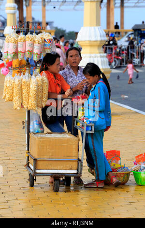 Sisowath quay, Phnom Penh, Cambodge Photo Stock