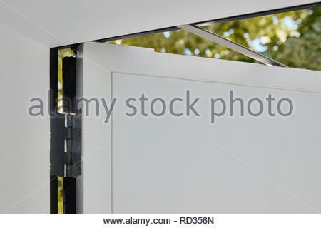 Détail de la fenêtre à la maison en contrebas. Maison engloutie - Windows, Londres, Royaume-Uni. Architecte: Adjaye Associates , 2019. Photo Stock
