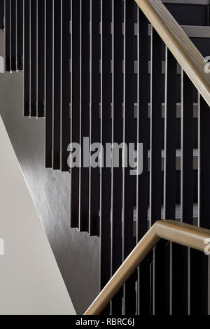 Escaliers et rampe. 8 Bloomsbury, Londres, Royaume-Uni. Architecte: Buckley Gray Yeoman, 2017. Photo Stock