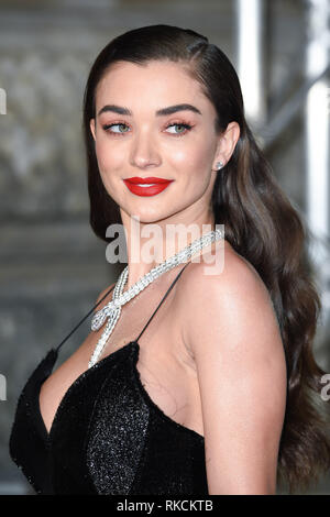 Londres, Royaume-Uni. 10 fév, 2019. Londres, Royaume-Uni. 10 février 2019 : Amy Jackson arrivant pour le BAFTA Film Awards 2019 au Royal Albert Hall, Londres. Photo : Steve Sav/Featureflash Crédit : Paul Smith/Alamy Live News Photo Stock