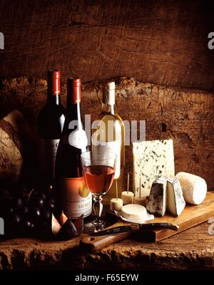 Vins et fromages Photo Stock