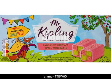 Fantastique Mr Fox Mr Kipling's Mini Apple Batts isolé sur fond blanc - très bons gâteaux Photo Stock