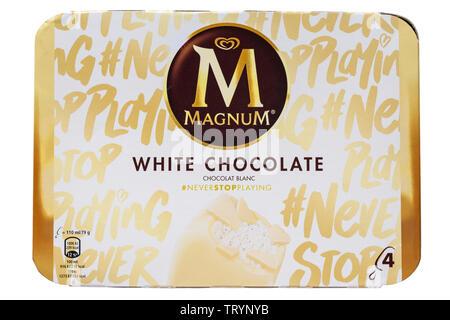 Chocolat blanc Magnum glaces glaces isolé sur fond blanc Photo Stock