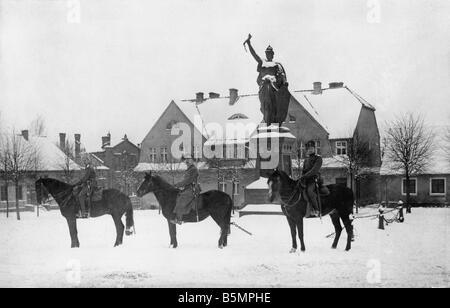 9 1916 0 0 A7 3 soldats russes en Stalluponen 1916 Guerre Mondiale 1 soldats russes occupent une partie de la Prusse Photo Stock