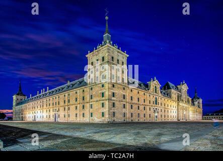 Monastère du Site Royal de San Lorenzo de El Escorial, Madrid, Espagne. Vue du nord-ouest. Photo Stock