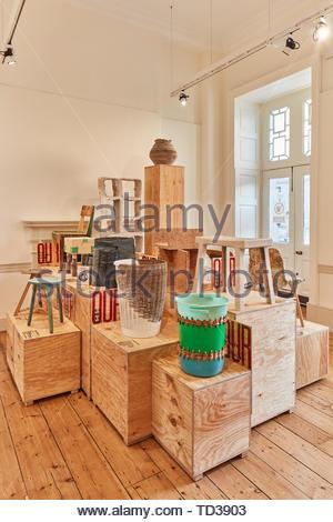Installation en 56e Studio pour l'Allemagne. Design Biennale 2018 de Londres, Londres, Royaume-Uni. Architecte: Divers , 2019. Photo Stock