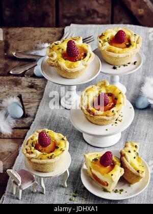 Tartelettes pâte d'abricot Photo Stock