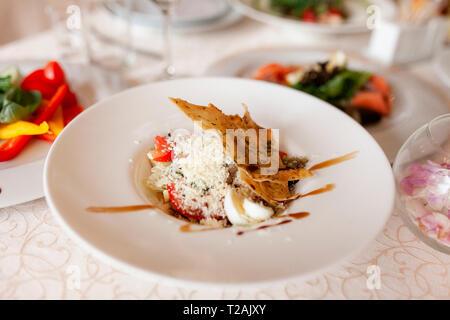 La nourriture sur une table à manger de mariage pendant Photo Stock