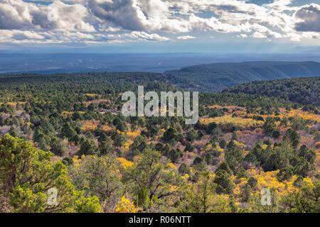 Changement de couleurs - les montagnes du sud de l'Utah Photo Stock