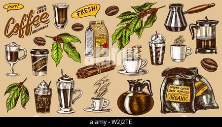 Café au style vintage. Un sac de grain, le cacao feuilles, bâtons de cannelle, une tasse et une théière, une cafetière et un sac de lait, l'inscription calligraphique Photo Stock