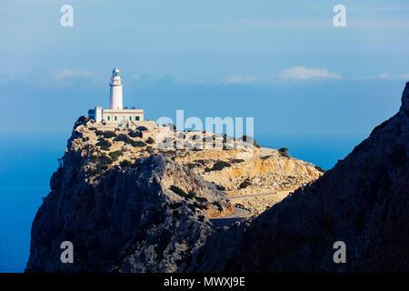 Le phare de Cap Formentor, Majorque, Îles Baléares, Espagne, Méditerranée, Europe Photo Stock