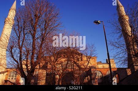 🕌 turc journée ensoleillée dans l'hiver froid Photo Stock