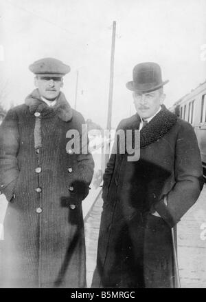 9 1917 1215 A1 3 Kuehlmann et Czernin Foto 1917 World War 1 1914 18 l'armistice Allemand Russe de Brest Litowsk Photo Stock