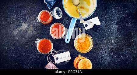 Tableau: Orange jelly / confiture de tomate Photo Stock