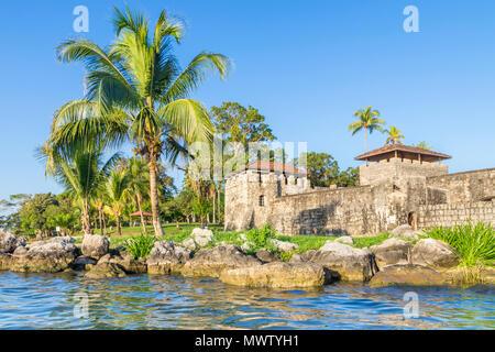 La forteresse de San Felipe de Lara près de Rio Dulce, Guatemala, Amérique Centrale Photo Stock