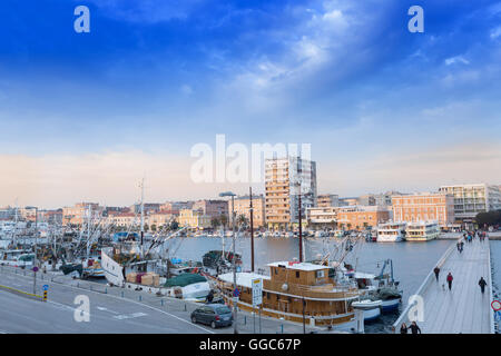 Géographie / voyages, Croatie, Dalmatie, Zadar, centre historique de la ville, vestiges romains et édifices Photo Stock