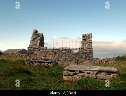 Église Saint Caomhan, Îles d'Aran, Inisheer Photo Stock