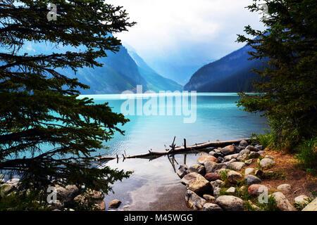Lake Louise, attraction touristique à Banff, Canadian Rockies, Photo Stock