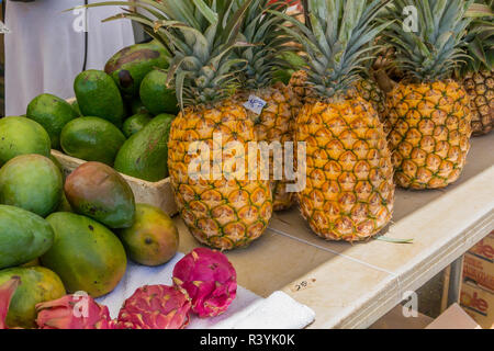 Hanalei, Kauai, Hawaii, fruit du dragon, marché des producteurs, des fruits, mangue, ananas Photo Stock