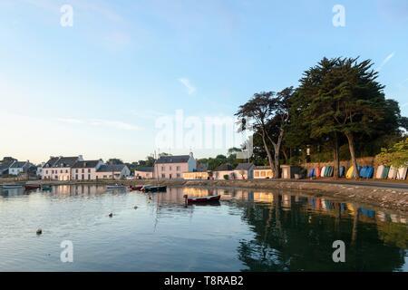 France, Morbihan, Sarzeau, le port de Logeo au lever du soleil Photo Stock