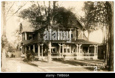 Wendell Hall, Wendell Avenue, Pittsfield, comté de Berkshire, Massachusetts, USA. Date: vers 1910 Photo Stock