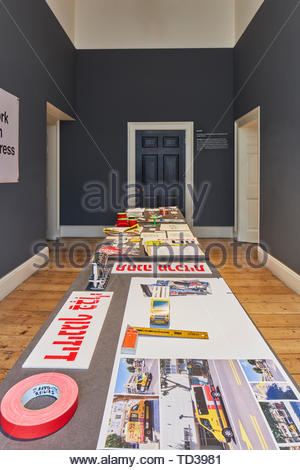 L'installation par le Musée d'Israël (différents concepteurs) pour Israël. Design Biennale 2018 de Londres, Londres, Royaume-Uni. Architecte: Divers , 2019. Photo Stock