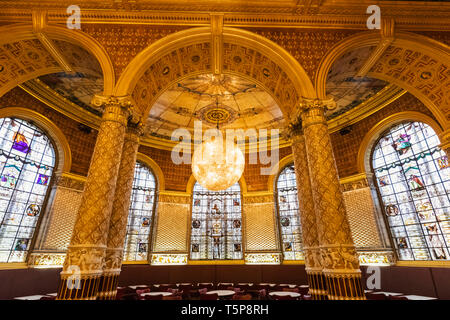 L'Angleterre, Londres, Knightsbridge, Victoria and Albert Museum, le Garden Cafe Photo Stock