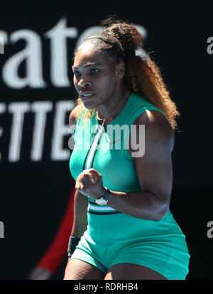 Melbourne Park, Melbourne, Australie. 19 Jan, 2019. Open de tennis d'Australie, jour 6 ; Serena William de USA réagit pendant son match contre Dayana Yastremska de Ukraine Credit : Action Plus Sport/Alamy Live News Photo Stock