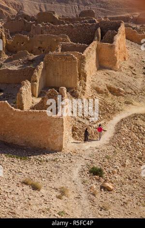 La Tunisia, l'Area Jerid, Gorges de Selja, Chebika, rovine di vecchi Chebika Immagini Stock