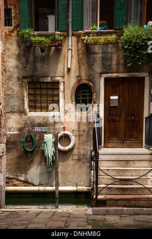 Facciata di una casa, Venezia, Veneto, Italia Immagini Stock