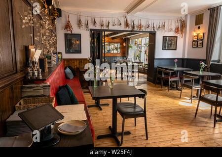 Regno Unito, Cumbria, York, Main Street, Black Bull Inn Hotel Sala Da Pranzo, interno Immagini Stock