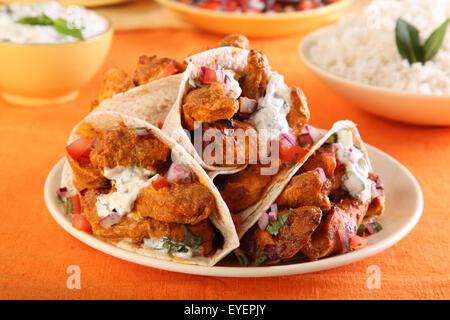 INDIAN pollo tikka ROTI avvolge Immagini Stock