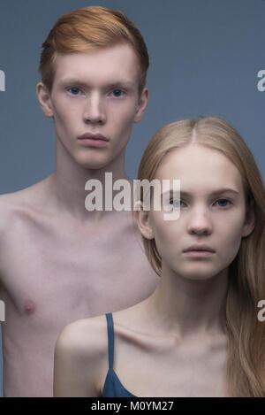 Ritratto di grave Caucasian giovane Immagini Stock