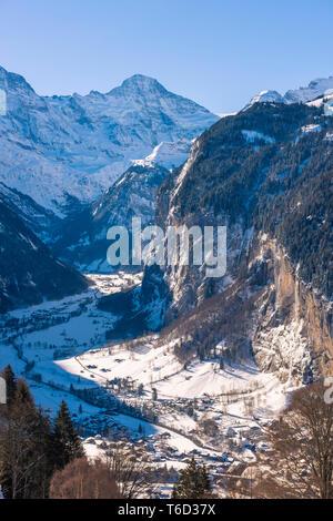 Valle di Lauterbrunnen, Berner Oberland, cantone di Berna, Svizzera Immagini Stock