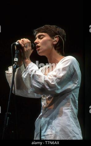 SINEAD O CONNOR Irish cantautrice circa 1995 Immagini Stock